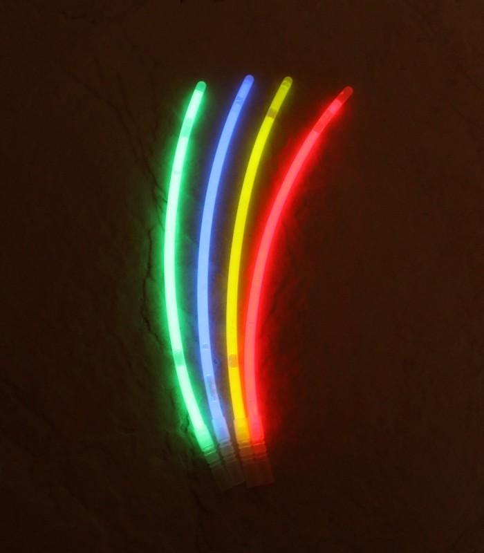 Svítící tyčinka 20x0,5 cm