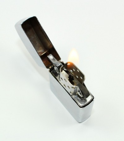 Zapalovač benzínový - kovový